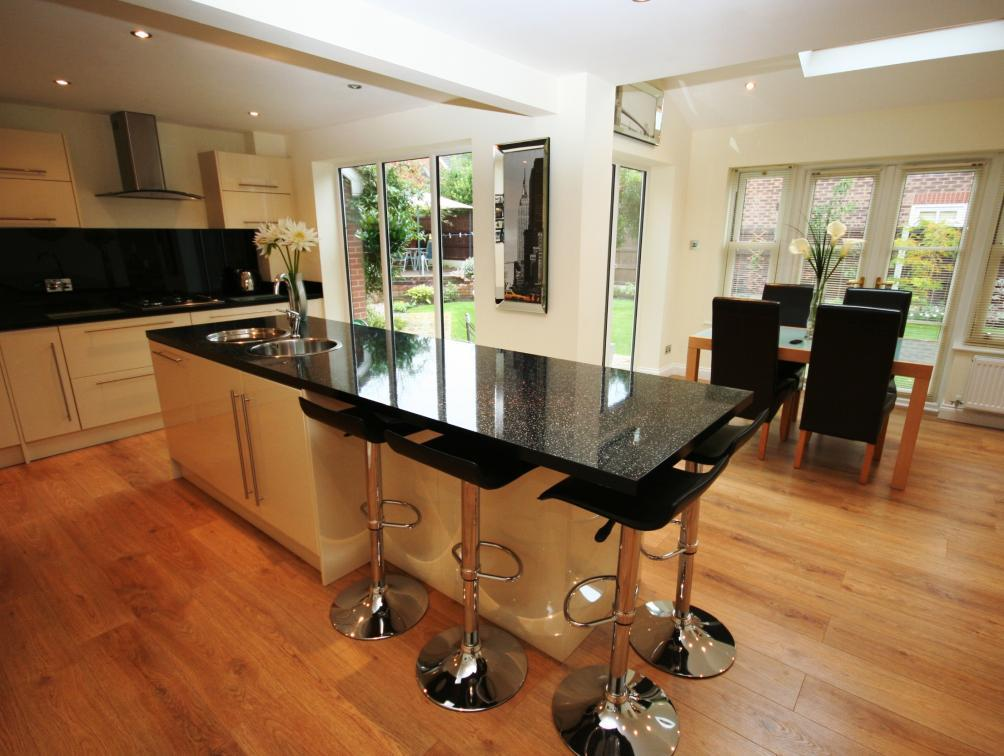 5 Bedroom Detached House For Sale In Calderfield Close Stockton Heath Warrington Cheshire Wa4