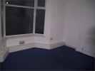 Flat to rent in Caerleon Road...