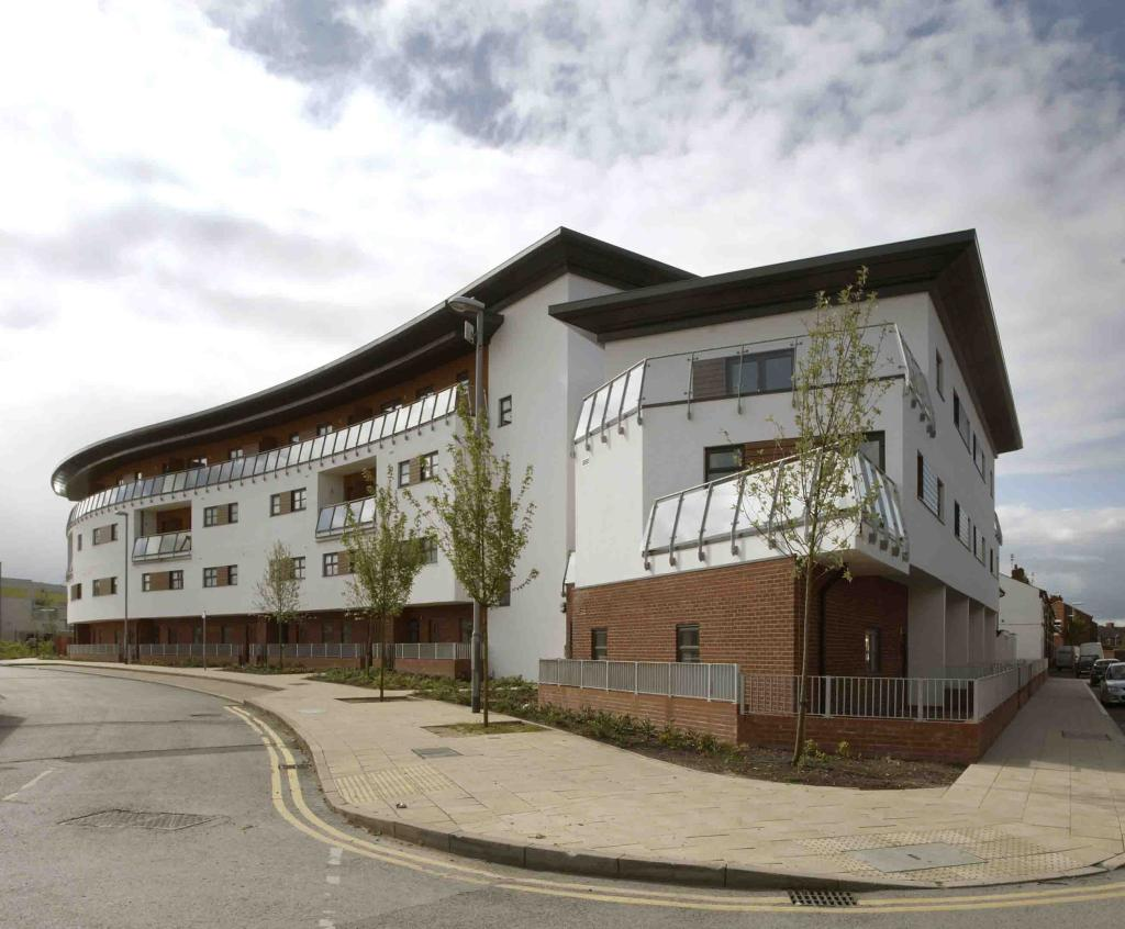 3 bedroom duplex for sale in the maine place maine road manchester m14 m14