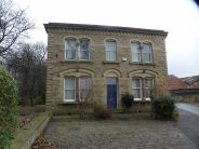 3 bedroom Apartment in Park Road, Dewsbury...