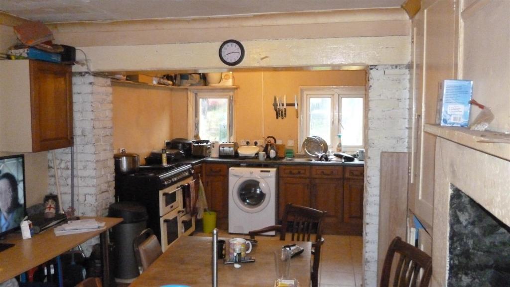 KitchenDiner 1.JPG