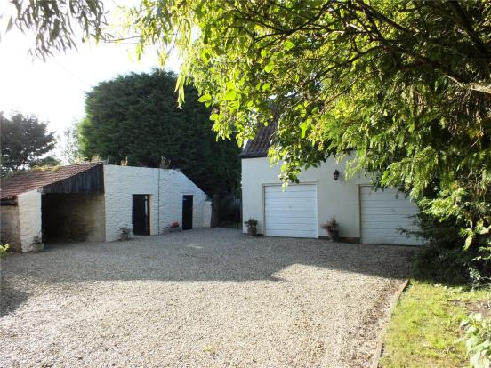 Garages/Outbuildings
