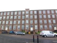 Flat to rent in 60  Woolcarders Court...