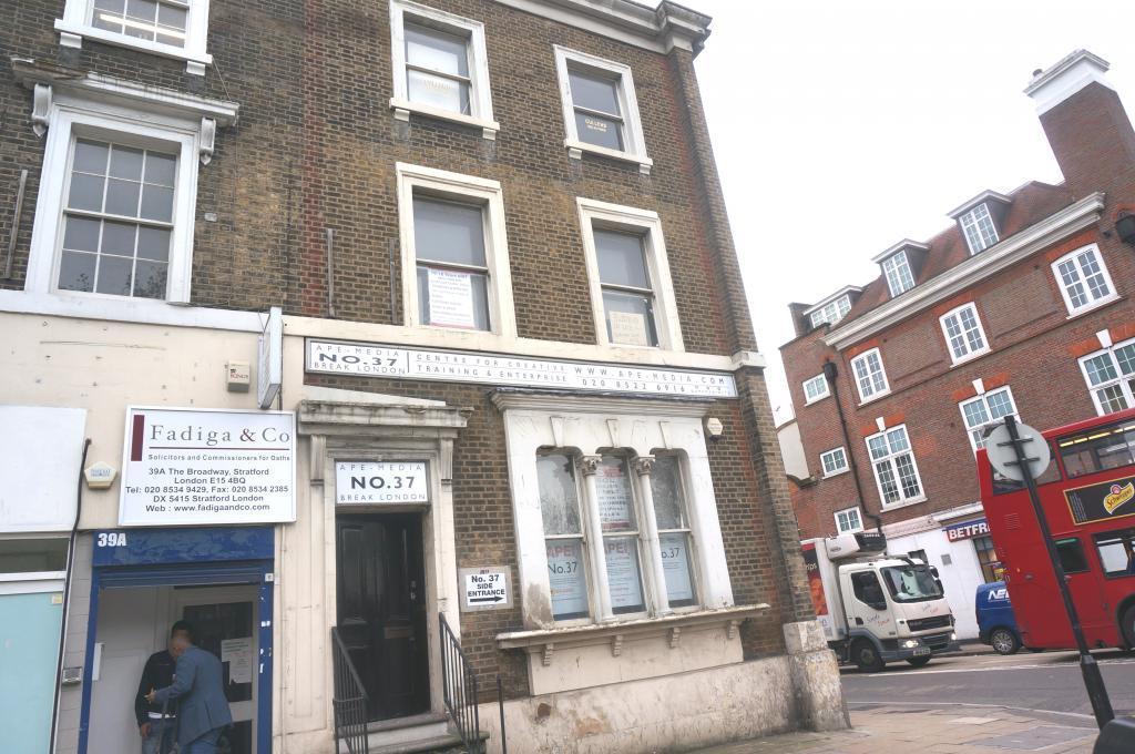 1 bedroom commercial property to rent in broadway stratford e15 4bq e15. Black Bedroom Furniture Sets. Home Design Ideas