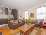 Flat in Hornsey Road, London