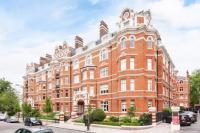 4 bed Apartment in St Marys Mansions...