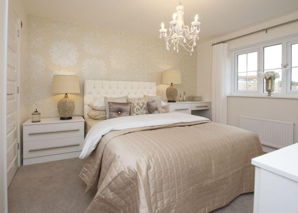 4 Bedroom Detached House For Sale In Whitworth Road