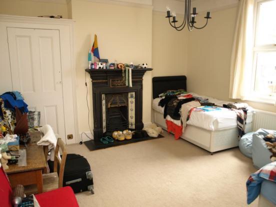 4 Bedroom Maisonette For Sale In Alexandra Road
