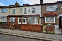 1 bed Flat for sale in West Road, London, E15