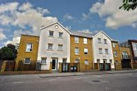1 bed Flat in Kiran Court, Wanstead...