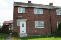 3 bedroom semi detached property in Kingsway, Normanton...