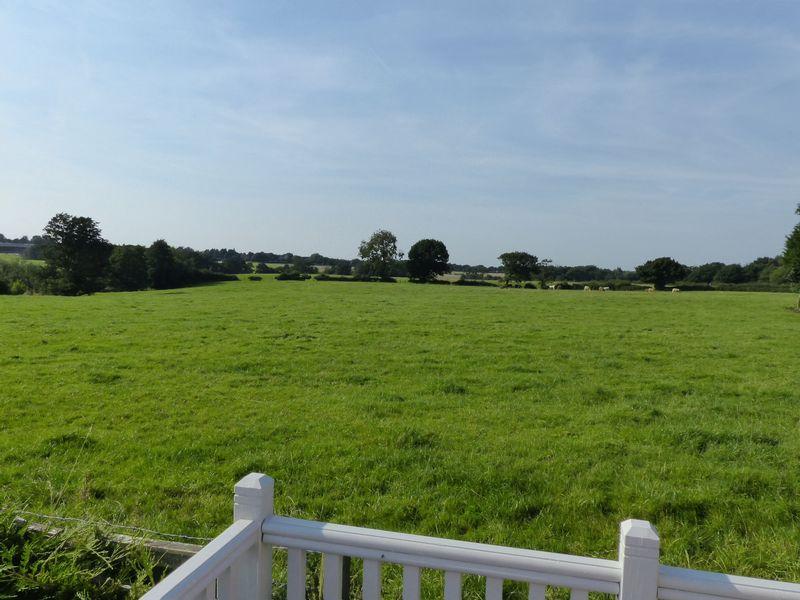 Green Fields S...