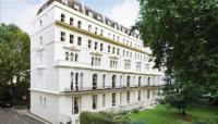 Flat to rent in Kensington Garden Square...
