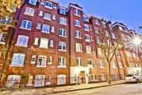 1 bedroom Flat in Sandwich Street...