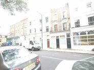 5 bed Terraced house in Grafton Road, London