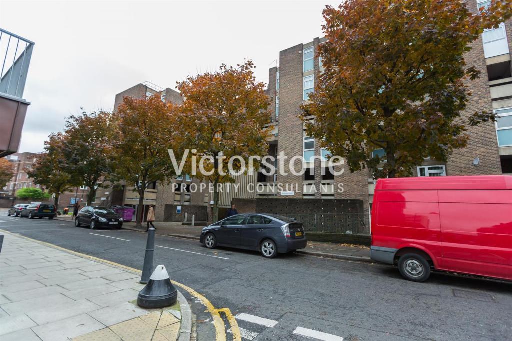 George Vale House, M