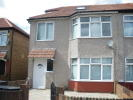 Studio apartment to rent in Basildene Road, Hounslow...