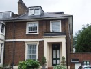 Flat to rent in Brecknock Road, N7