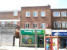 Flat to rent in High Street, New Malden