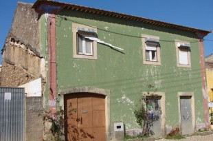 5 bed Village House for sale in Ribatejo, Tomar