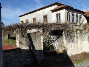 2 bedroom property in Castanheira de Pêra...
