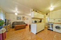 3 bedroom Flat in Clipstone Street, London...