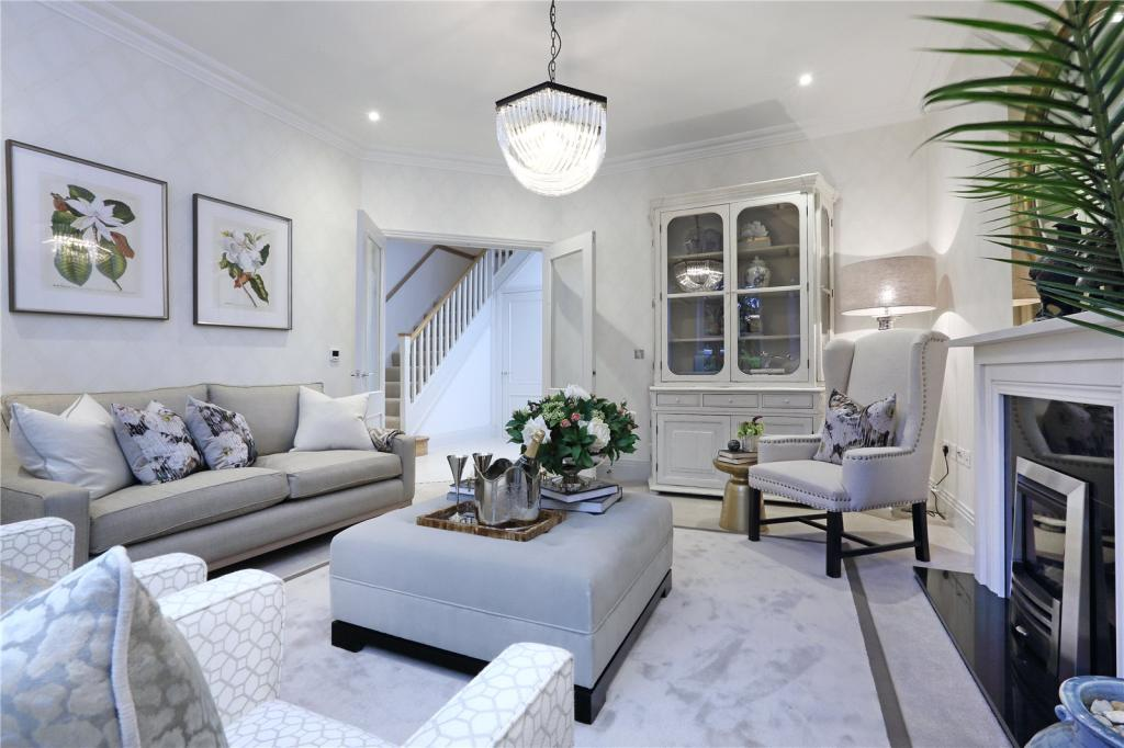 Vanderbilt Homes,Lounge
