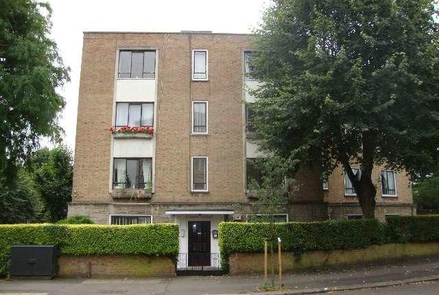 4 bed flat to rent in Abbey Road, West Hampstead