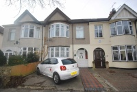 3 bedroom Terraced property for sale in Glenhurst Road...