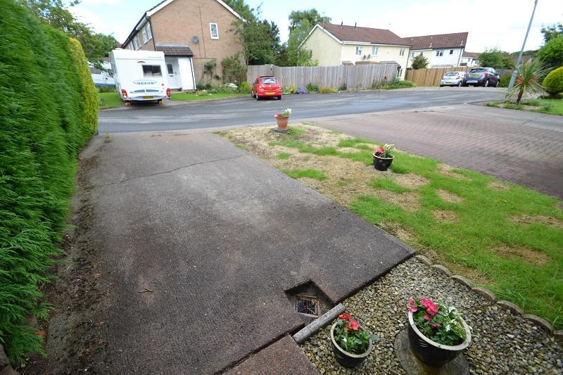 Driveway/front garden