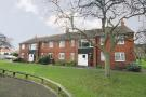 Flat in Chertsey Court, Mortlake