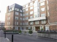Apartment to rent in College Crescent...
