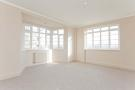 Flat to rent in St. James Close, London...