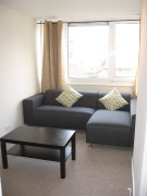 4 bedroom Flat in Ibsley Gardens, London...