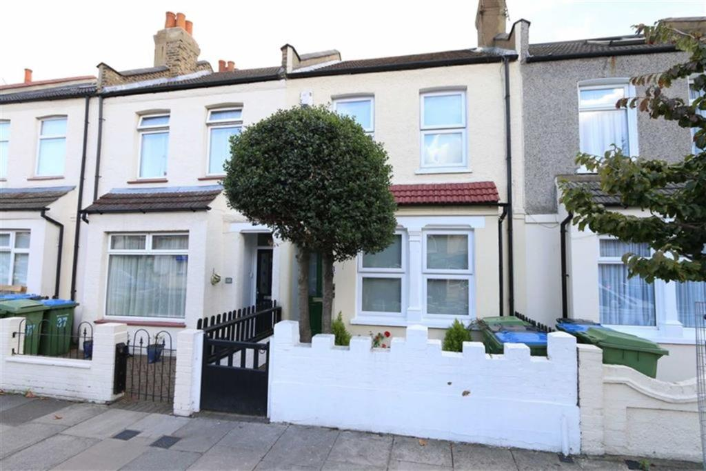 2 Bedroom Terraced House To Rent In Flaxton Road Plumstead London Se18 Se18