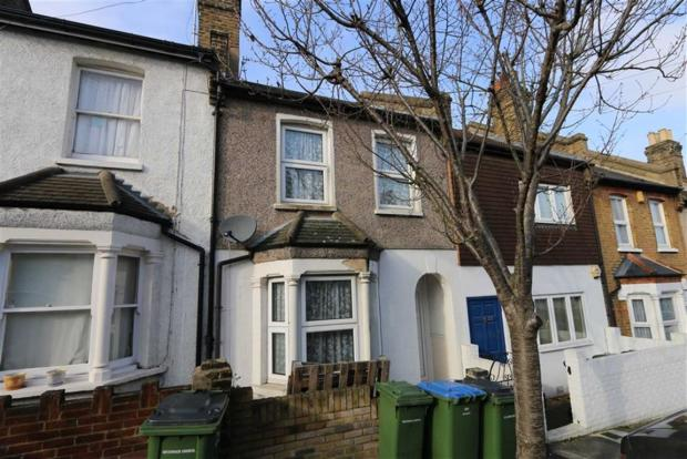 2 Bedroom Terraced House To Rent In Albatross Street Plumstead London Se18 Se18