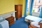 Studio apartment to rent in Malwood Road...