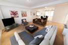 3 bed Flat in Knightsbridge Court...