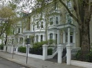 Studio flat to rent in Redcliffe Gardens...
