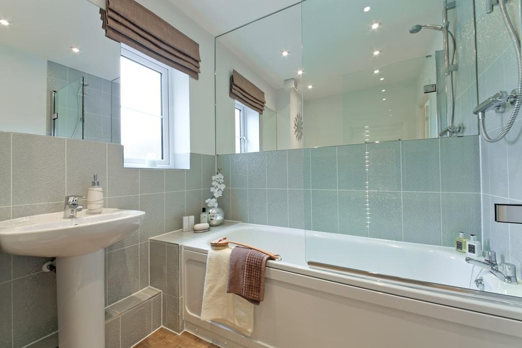 Quarter Bathroom Ideas : Bedroom apartment for sale in kings quarter walden road