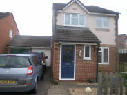Link Detached House in Isabel Gate, Cheshunt...