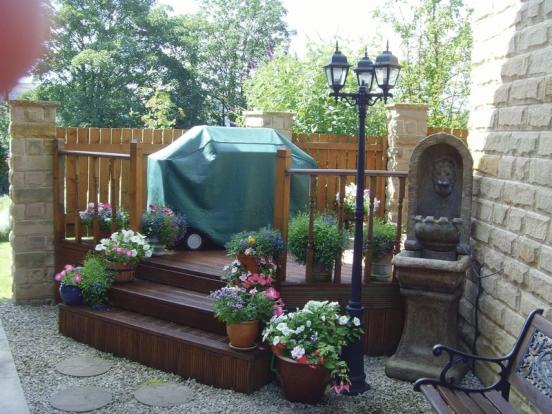 Side Decked Area