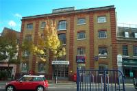 Flat to rent in 35 Battersea Square...