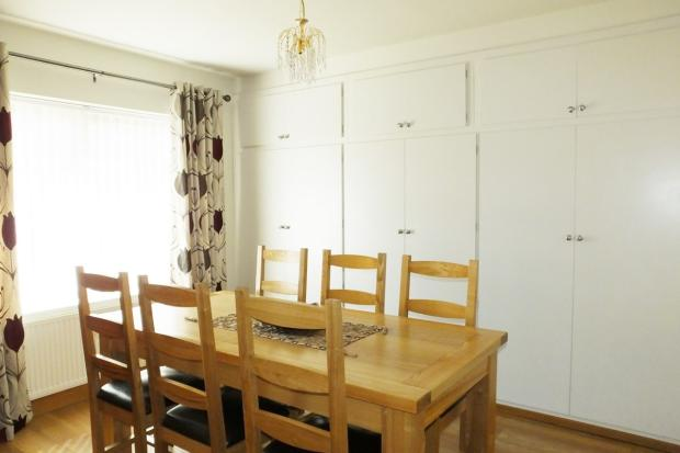bedroom 4 / dining r