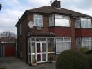 3 bedroom semi detached property in Oakwood Crescent...