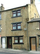 3 bedroom Cottage in Fartown, Leeds, LS28