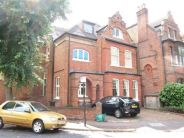 2 bed Flat to rent in Grange Road, Chiswick W4