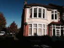 3 bedroom Flat in Oakfield Road, Southgate...