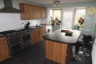4 bedroom property to rent in Topaz Way, Chorley: PR6