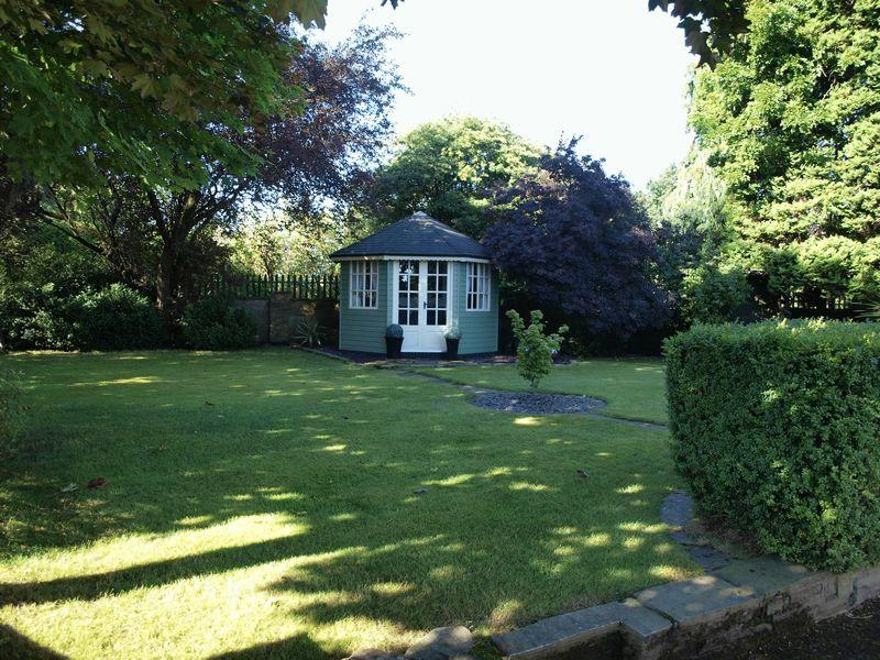 Side Garden &a...